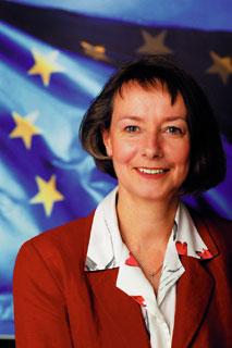 Wir benötigen ein soziales Europa! Die Spitzenkandidatin aus BaWü Evelyne Gebhardt